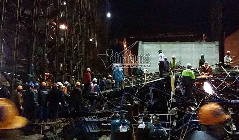 Tất cả số công nhân thiệt mạng và bị thương đều là người Việt Nam đang thi công hạng mục cho Công ty CP xây dựng và cung ứng lao động quốc tế NIBELC do tập đoàn Samsung làm chủ đầu tư. (Ảnh VNN)