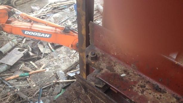 Tai nạn Formosa: Hỏng pittông của hệ thống kích thủy lực