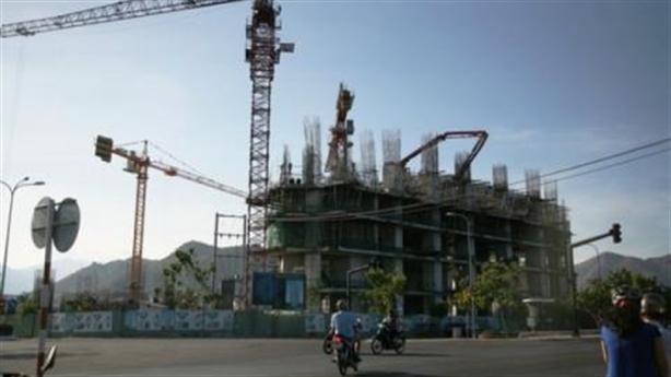 Chắn vịnh Nha Trang: Cùng sai phạm, kẻ ở người còn