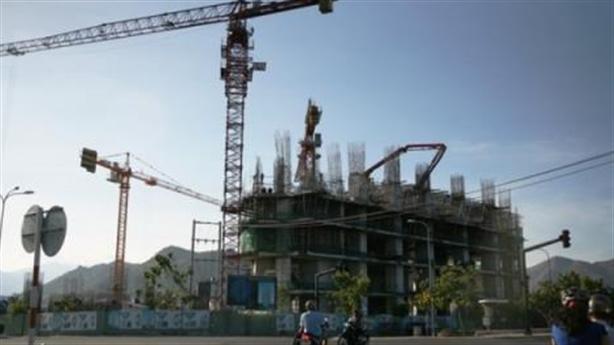 Chắn vịnh Nha Trang: Lại thêm động thái khó hiểu