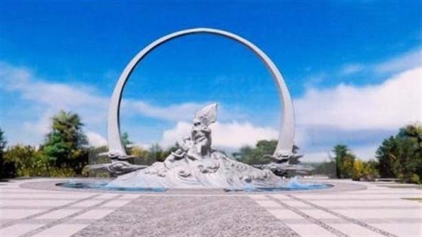 Chủ tịch nước kiểm tra tượng đài chiến sĩ Gạc Ma
