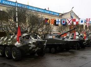 Theo những thông tin được công khai, BTR-60PB là xe bọc thép chở quân với thiết kế 8 bánh BTR-60 do Liên Xô sản xuất nhằm thay thế cho loại BTR-152 của những năm 1950.