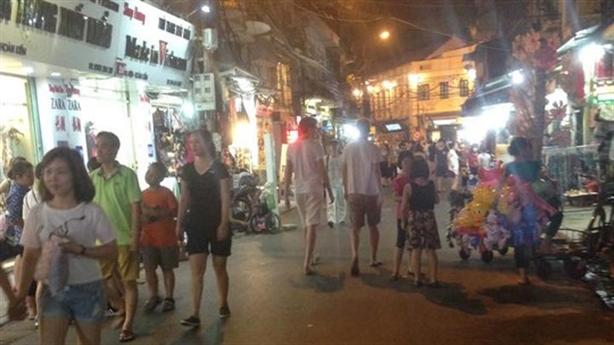 Hà Nội: Đề xuất lát đá mặt đường 11 tuyến phố cổ