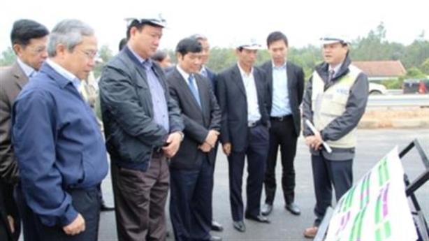 Không xử lún, dừng thu phí đường Nội Bài - Lào Cai