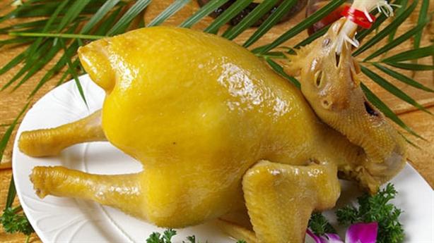 Ma trận bẩn độc: 7.000 đồng/lần trang điểm cho gà, vịt