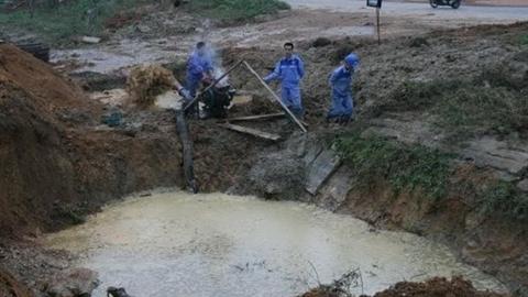 Ống nước sông Đà lại vỡ, 70.000 hộ dân ảnh hưởng