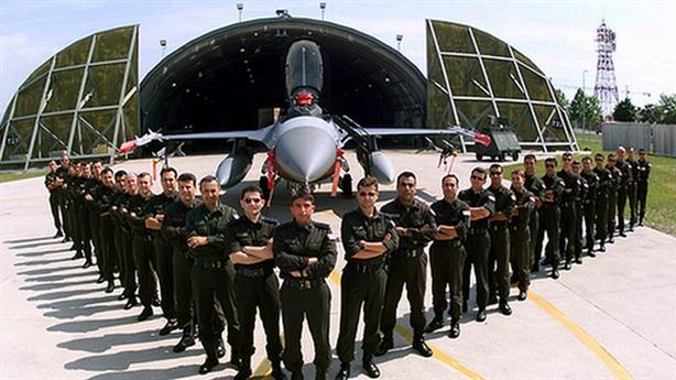 Sức mạnh Không quân Thổ Nhĩ Kỳ trong tình hình nóng