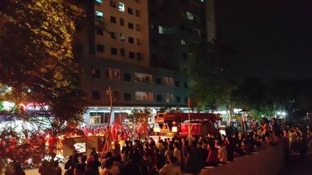 Lại cháy chung cư Hà Nội: Sống sợ hãi trong nhà mình