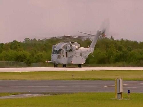 So với thế hệ trước, phiên bản CH-53K được trang bị cabin mở rộng lớn hơn, cánh quạt chính làm bằng vận liệu composite thế hệ mới, trang bị ba động cơ công suất 7.500 mã lực. Buồng lái của CH-53K cũng được thiết kế lại với kính đặc biệt, hệ thống lái fly-by-wire.