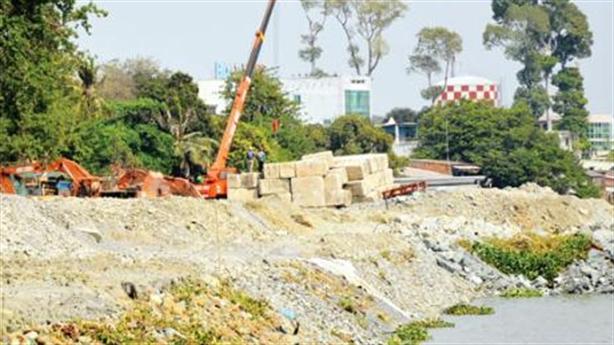 Lấn sông Đồng Nai làm BĐS: Cần vẫn phải đào, múc lên