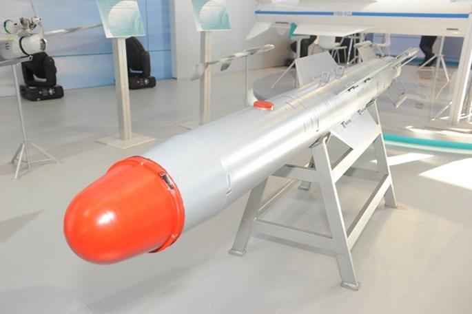 Hãng tin RIA dẫn lời Đại sứ Syria tại Nga là Riyad Haddad cho hay loại bom này tiêu diệt chính xác bọn khủng bố mà không gây hại đến vị trí của dân thường.