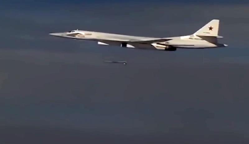 Trong bộ ba không quân chiến lược của Nga, từ khi được biên chế, máy bay Tu-160 với tên lửa hành trình X-101 chưa từng tham chiến chính thức.