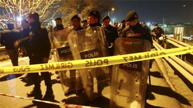 Nổ bom ở nhà ga Istanbul Thổ Nhĩ Kỳ giờ cao điểm