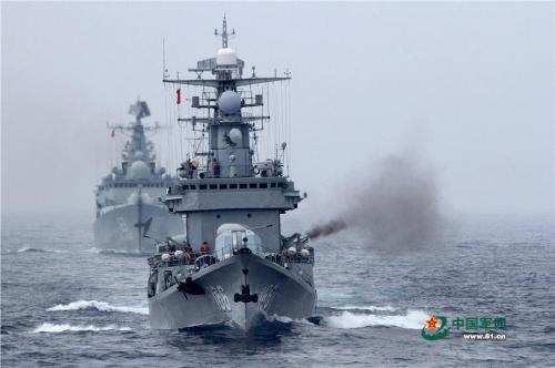 Tân Hoa Xã của Trung Quốc hôm 18/1 dẫn nguồn tin của trang tin Quân đội Trung Quốc cho hay nhóm tàu chiến thuộc Hạm đội Nam Hải của Hải quân Trung Quốc (PLA) hôm 15/1 đã tiến hành cuộc tập trận bắn đạn thật ở Biển Đông.