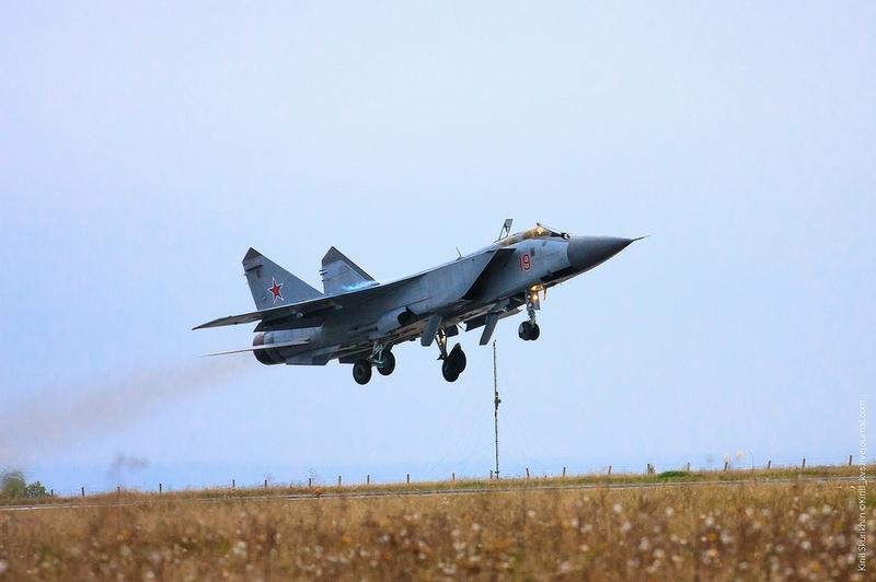 Thông tin này được Bộ Quốc phòng Nga cho biết trong một thông báo MIG-31 đã đâm xuống khu vực rừng núi cách thị trấn Kansk khoảng 40km về phía Tây Bắc. Hai phi công đã an toàn và liên lạc với trung tâm chỉ huy. Bộ Quốc phòng Nga nhận định trục trặc kỹ thuật có thể là nguyên nhân gây ra tai nạn trên.