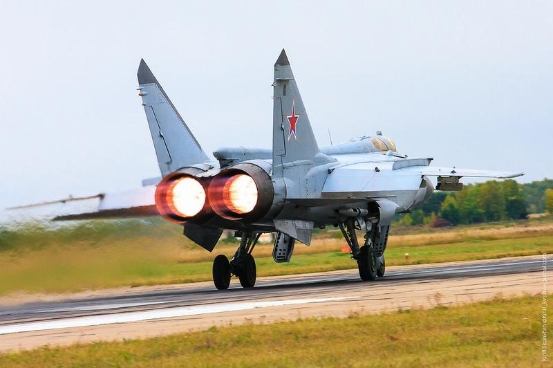 Được biết, đây là vụ tai nạn thứ 3 của MiG-31 kể từ cuối năm 2014. Hôm 30/10/2015, một chiếc MiG-31 cũng bất ngờ gặp nạn khi đang bay huấn luyện tại bán đảo Kamchatka. Vụ việc xảy ra trước đó với tiêm kích này vào cuối năm 2014 khi tiêm kích này đang thực hành bay huấn luyện trên không phận gần thành phố Armavir, phía Nam khu vực Krasnodar, Liên bang Nga.