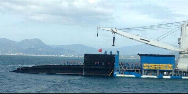 Việc bàn giao tàu ngầm Kilo 186 - Đà Nẵng sẽ được thực hiện sau Tết Nguyên đán và lễ thượng cờ sẽ được tổ chức khi chiếc tàu thứ 6 (dự kiến đặt tên Bà Rịa - Vũng Tàu về đến Việt Nam).