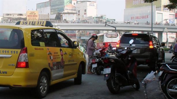 TP.HCM đối thoại nhà xe sau tin nhắn của Bí thư Thăng