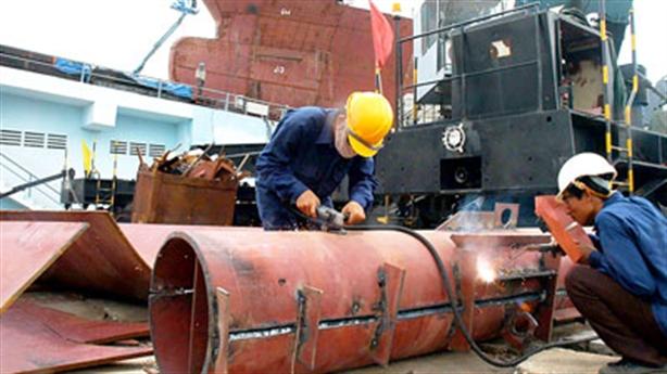 Hợp tác đóng tàu với Nga: Nhiều cơ hội nhưng...