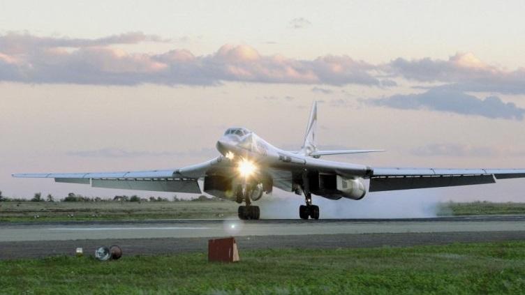 Theo vị cố vấn này, hệ thống kĩ thuật điện tử hàng không mới đang được thử nghiệm trên mẫu chiến đấu cơ đa nhiệm thế hệ 5 Sukhoi PAK-FA T-50. Các kĩ sư sau đó sẽ tổng hợp lại những gì tốt nhất của T-50 và sử dụng nó để tạo ra một hệ thống có nhiều khả năng căn bản mới.