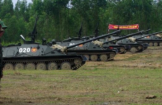 Hồi tháng 10/2015, Lữ đoàn pháo binh 168 trực thuộc Quân khu 2 đã tiến hành bắn thử nghiệm đạn nước đối với pháo tự hành SU-85. Đây chính là pháo tự hành đổ bộ đường không ASU-85 được sử dụng phổ biến trong các đơn vị lính dù Liên Xô trong những thập niên 1960-1970.