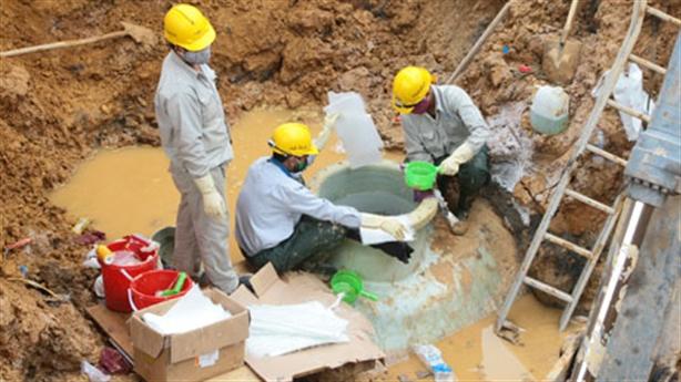 Nhà thầu Trung Quốc làm đường ống sông Đà: Chọn vì rẻ