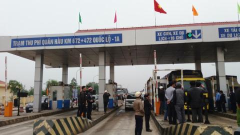 BOT Quang Binh tu choi giam phi: Bo GTVT chi dao nong