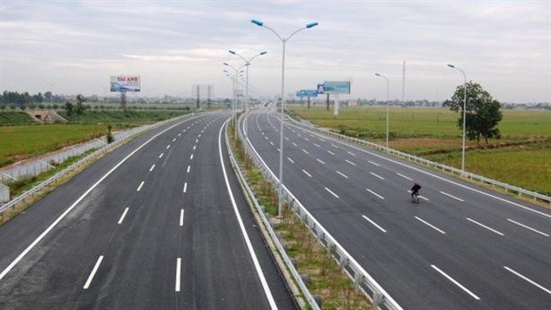 Cao tốc chuẩn Việt Nam, giá châu Âu: Bệnh thành tích?
