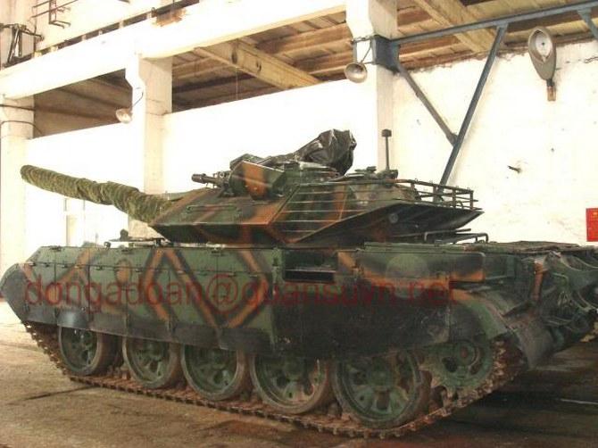Chương trình hiện đại hóa xe tăng T-54/55 của Việt Nam được Israel hỗ trợ, do vậy, không có gì quá ngạc nhiên khi xuất hiện cối 60mm trên nóc xe. Cối 60 mm đang được triển khai trên các xe tăng chiến đấu chủ lực Mekava và Magach của Israel. Loại cối này cũng do Việt Nam tự trang bị. Với sự hỗ trợ của cối 60 mm, xe tăng có thể tấn công hiệu quả hơn đối với bộ binh ẩn nấp trong công sự, hầm hào, hay cả các tòa nhà cao tầng.