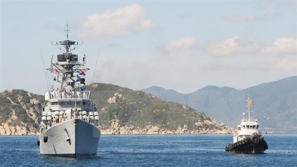 Quyết định mới về cảng quốc tế Cam Ranh