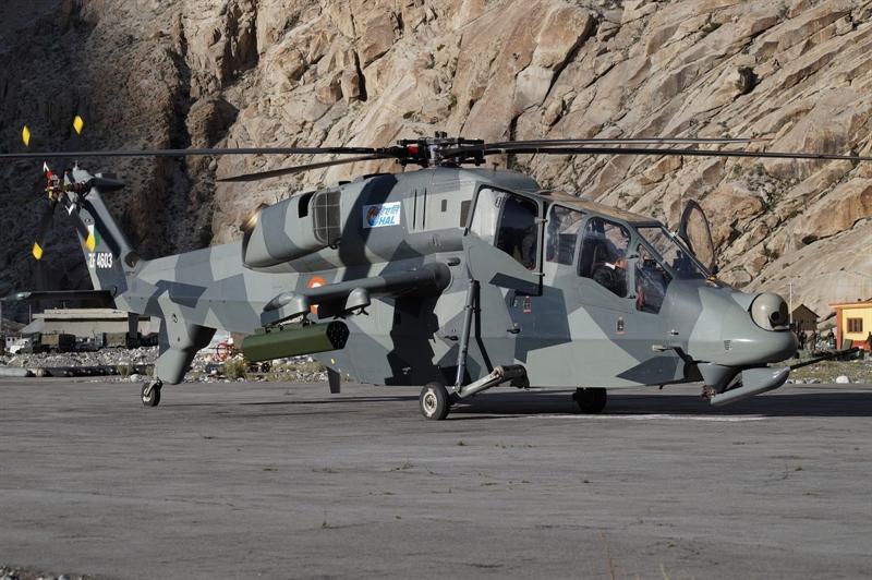 Thông tin này được Tờ idrw của Ấn Độ dẫn nguồn tin từ công ty HAL cho biết, dù trực thăng này vẫn đang trong giai đoạn thử nghiệm nhưng LCH đã giành được nhiều sự quan tâm từ một loạt quốc gia với đặc thù giá rẻ, tính năng đa nhiệm, cơ động cao ở trần bay lớn.