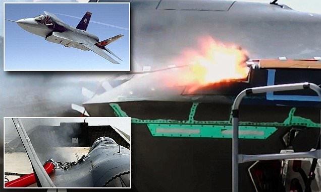 Pháo Gatling được gắn lên cánh trái của chiến đấu cơ F-35A, cho phép phi công có thể \