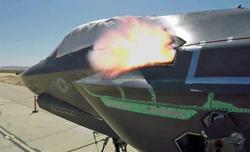 GAU-22/A được giấu phía trong phi cơ, đảm bảo F-35 giữ được khả năng tàng hình cho đến khi nó được kích hoạt.