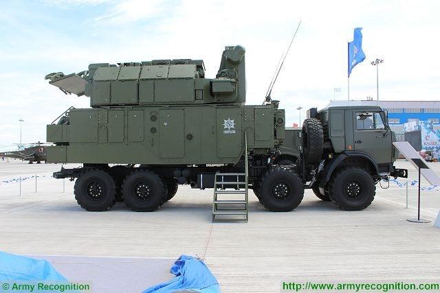Theo danh sách Việt Nam mua sắm sản phẩm quốc phòng của Nga những năm gần đây được Sputnik liệt kê cho thấy có sự xuất hiện của tàu ngầm Kilo, tiêm kích Su-30MK2, hệ thống S-300PMU1... Và đặc biệt, trong bản danh sách này có cả hệ thống phòng không Tor-M2 và Buk-M2.