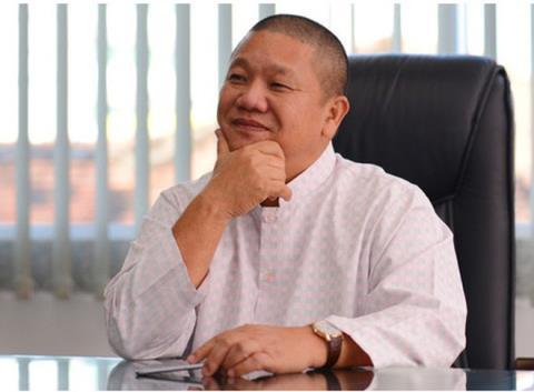 Chong Thu Minh vuong vao no nan, Hoa Sen bi tan cong