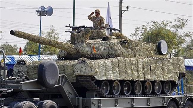 Theo Tư lệnh lực lượng Lục quân Iran - Chuẩn Tướng Ahmad Reza Pourdastan tuyên bố, Tehran không còn quan tâm tới xe tăng chiến đấu chủ lực T-90 từ Nga do dòng tăng này không còn gây hứng thú mua sắm với nước này.