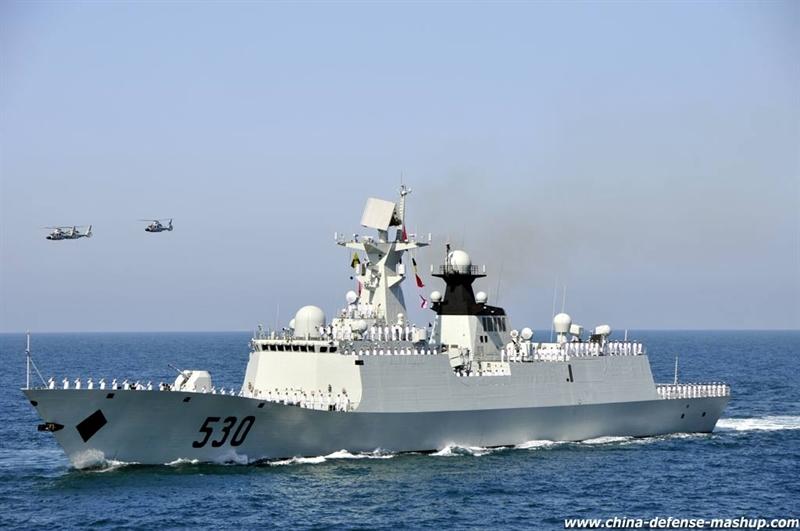 Theo tạp chí này, để chuẩn bị cho cuộc chiến này, Trung Quốc dường như đã lắp đặt một số lượng lớn các hệ thống radar ở Biển Đông. Các hệ thống này có thể sử dụng cho nhiều mục đích khác nhau và làm tăng khả năng thu thập thông tin tình báo của Trung Quốc ở khắp khu vực rộng lớn. Trong ảnh: Chiến hạm Type 054A của Trung Quốc.