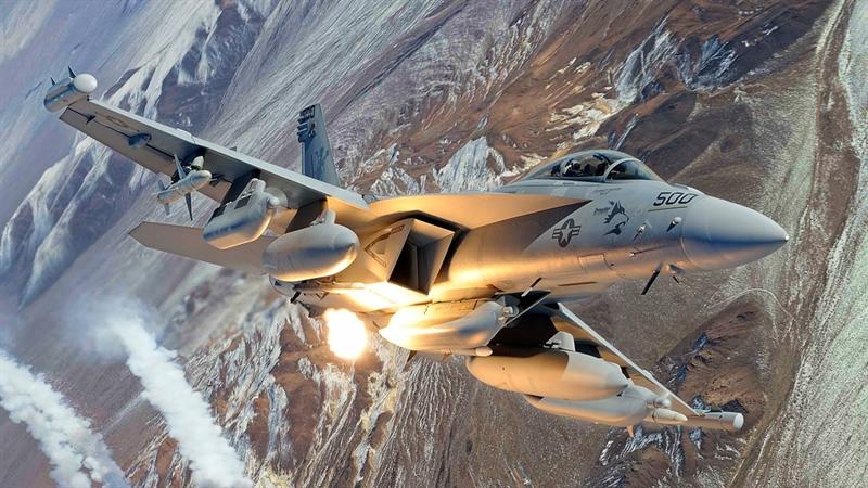 Trong khi đó, Mỹ dường như cũng đã sẵn sàng cho cuộc đọ sức, tăng cường năng lực chiến tranh điện tử ở khu vực này. Hồi tháng 6/2016, Mỹ đã triển khai phi đội gồm 4 máy bay tác chiến điện tử EA-18G Growler tới Philippines để làm nhiệm vụ \