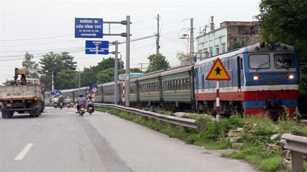 Tái khởi động đường sắt cao tốc Bắc-Nam: Băn khoăn chính đáng