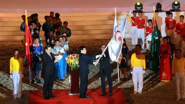 Việt Nam dẫn đầu bảng huy chương ABG: Xót tiền