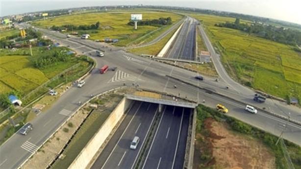 230.000 tỷ xây đường bộ cao tốc Bắc-Nam: Cân nhắc nợ công