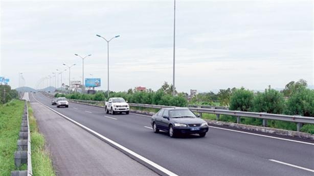 Đường cao tốc Bắc-Nam 230.000 tỷ: Những tính toán chưa chuẩn