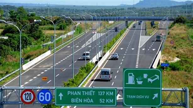 Vay vốn Trung Quốc làm đường cao tốc Bắc Nam: Không nên