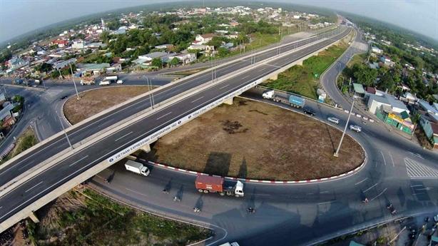 230.000 tỷ làm đường cao tốc Bắc - Nam: Huy động tiền dân?