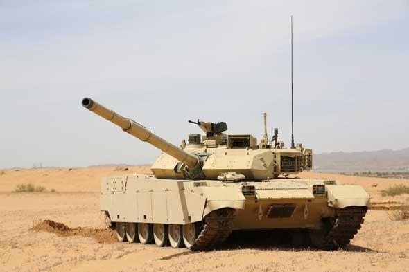 Ngoài tăng M1A1, quân đội Iraq cũng đã lên kế hoạch thay thế hàng loạt xe chiến đấu, vũ khí cá nhân có nguồn gốc từ Mỹ, Nga bằng vũ khí do Trung Quốc sản xuất.