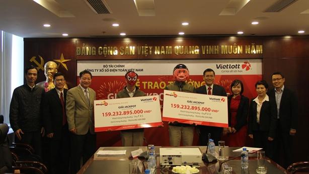 Vietlott liên tiếp trao thưởng: Bộ lên tiếng về loạt nghi vấn