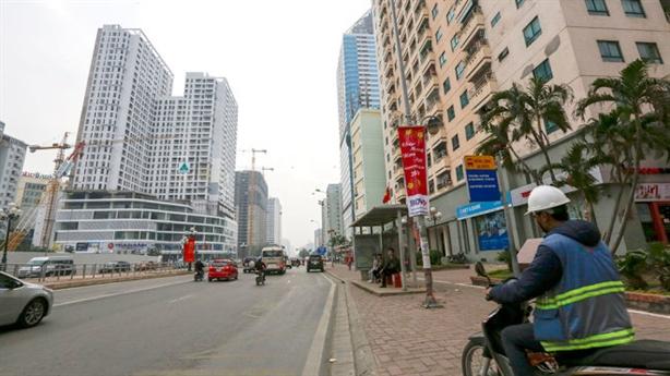 Cao ốc băm nát Hà Nội: Chỉnh theo lợi ích tư nhân