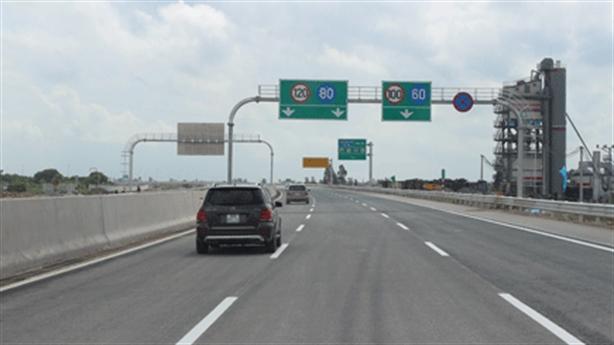 Cao tốc Hải Phòng-Hà Nội giảm năm thu phí: Có chuyện lạ
