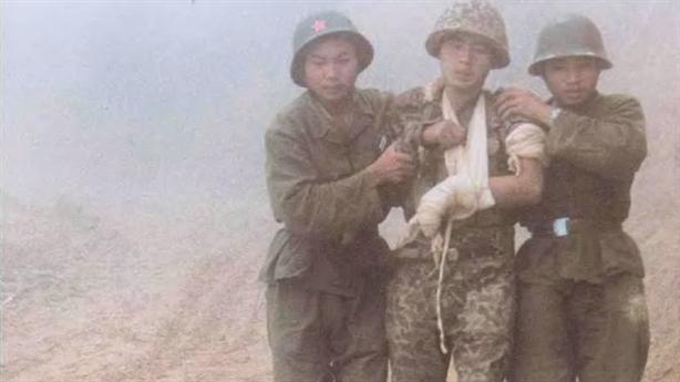 Cuộc chiến tháng 2/1979: Trung Quốc ôm đầu tháo chạy...