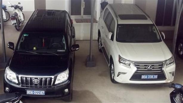 Cà Mau báo cáo khẩn Thủ tướng vụ doanh nghiệp tặng Lexus